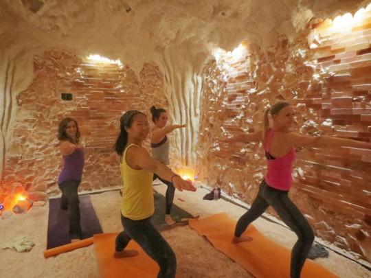 grotta del sale yoga