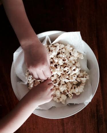 i nani mangiano i pop corn