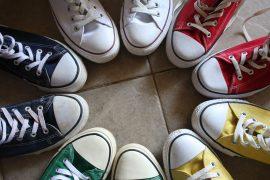 Togliere le scarpe per entrare in casa  i motivi per iniziare a farlo 90f281eeedd